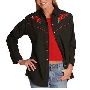 Country Charmers Embroidered Button Down Top B1597